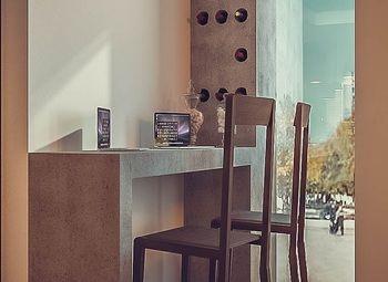 Кафе шаверма в 50-ти метрах от метро на севере города