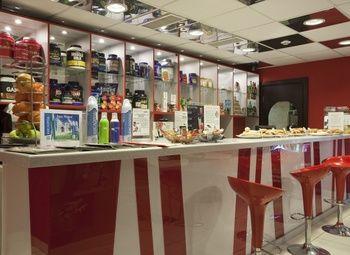 Спортивный бар в спорт клубе за выгодную цену