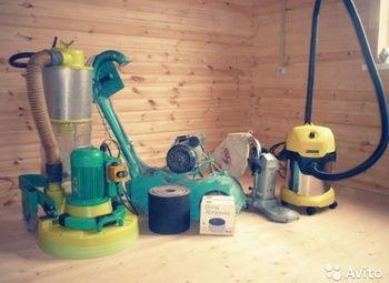 Отделка и ремонт деревянных полов со всеми инструментами для работы
