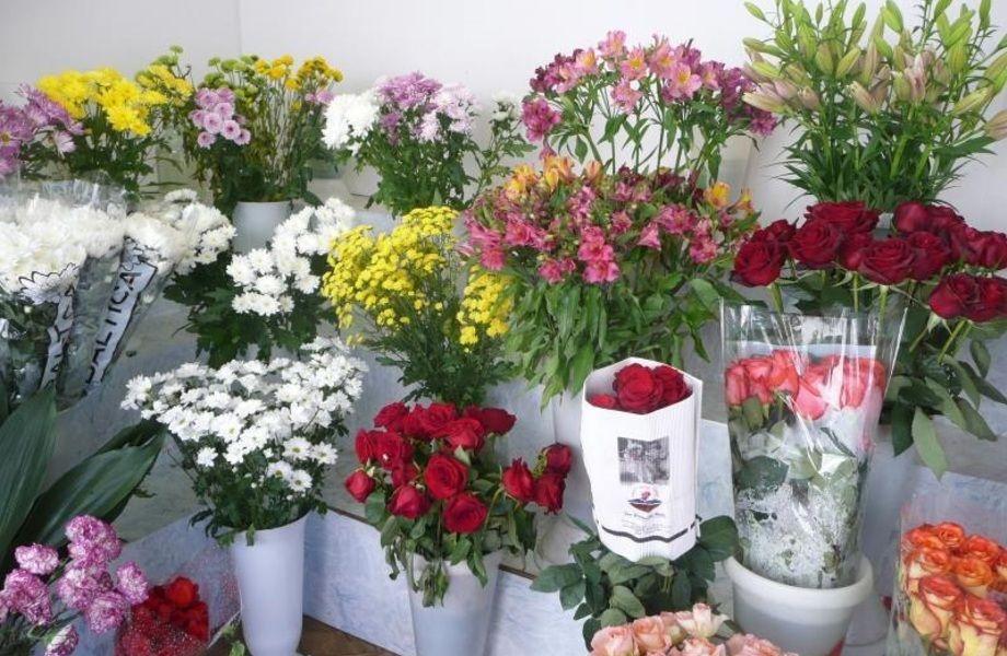 Перспективный цветочный магазин в спальном районе