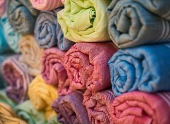 Магазин текстиля и женского трикотажа у метро в Приморском районе