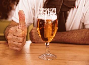 Успешный бар-магазин крафтового пива на Петроградке