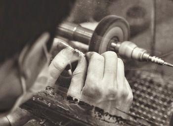 Доходная ювелирная мастерская в Красногвардейском районе
