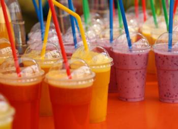 Островок в популярном ТЦ с кофе и мороженным
