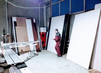 Стабильно работающее производство мебели