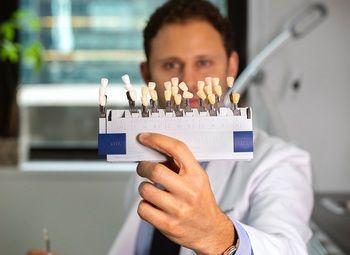 Действующая стоматология в Приморском районе