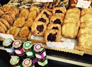Кофе пекарня в крупном жилом комплексе в приморском районе