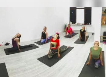 Действующая студия йоги в жилом районе  по выгодной цене