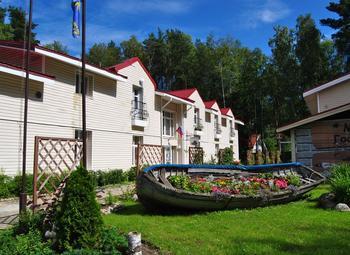 Гостиница в Курортном районе в нежилом фонде