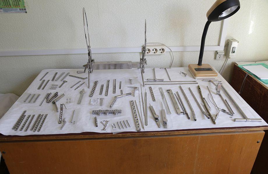 Крупное производство протезов и мединструментов