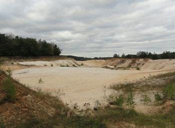 Песчаный карьер в Новгородской области у трассы м11.